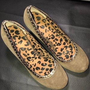 Jessica Simpson stacked heels suede stud detail